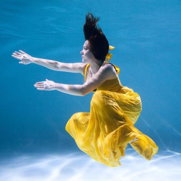 Женский мир иллюзий. Под водой. Психолог Инна Маханькова